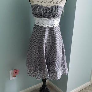 Speechless strapless gingham dress